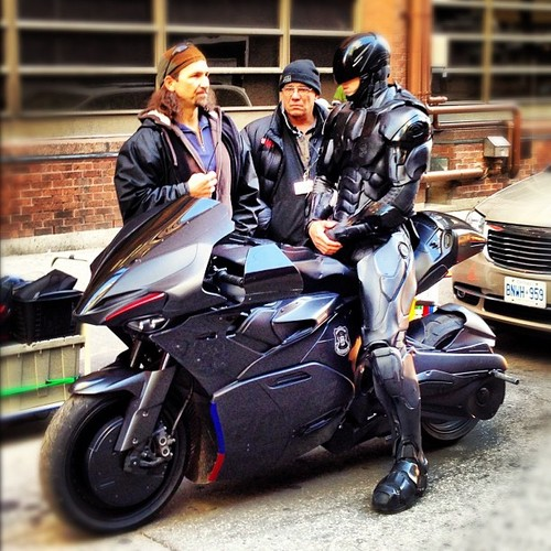 Robocop Motorcycle 8 Comics Ledger